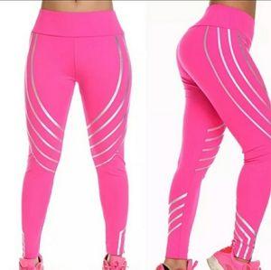 NWT Electric Yoga Leggings Pink Reflective XS/S